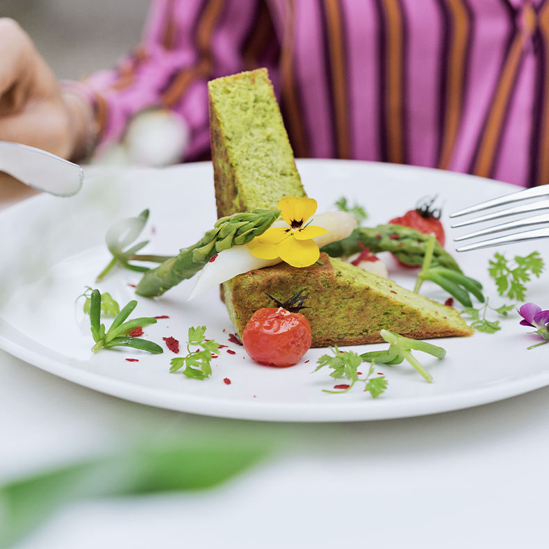Bei uns genießen Sie gesunde und schmackhafte basische Speißen
