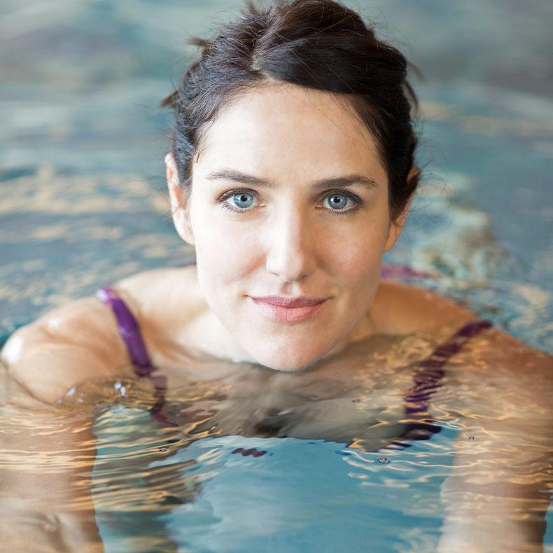 Mit schwimmen im hauseigenen Schwimmbad und Basenfasten zu seelischer und körperlicher Balance.